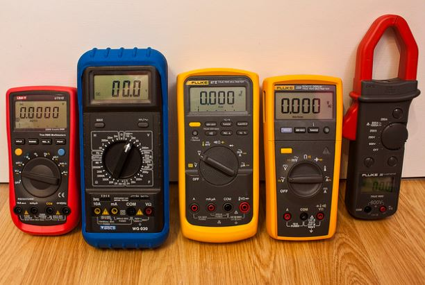 15 best multimeter for electronics & Home Usage in 2019