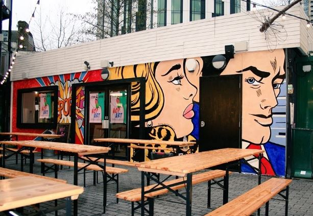 6 Ways to Make Your Restaurant's Exterior More Appealing