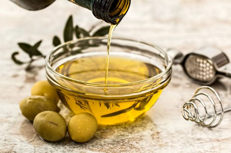 5 Common Mistakes People Make When They Buy Italian Olive Oil