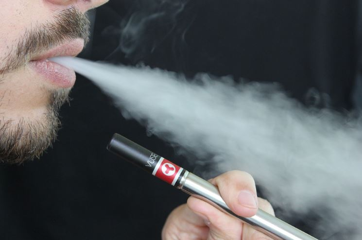 The Dangers of Vaping - A Look Behind the Headlines