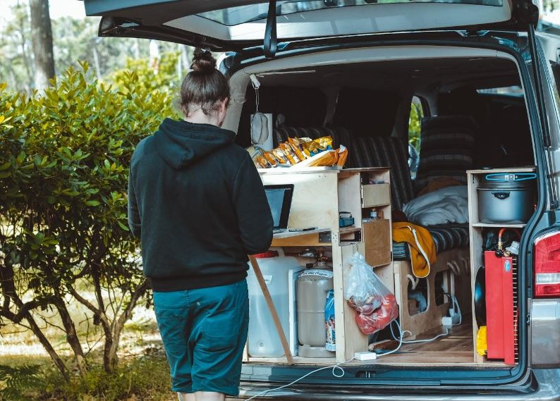 DIY Vs Professional Moving Company - What is the Difference