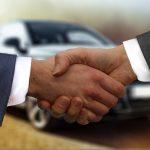 handshake-4011416_640