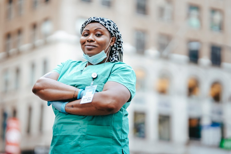 How You Can Advance Your Nursing Career